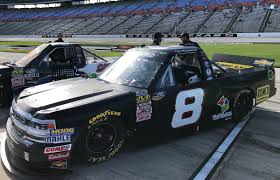 100 Nascar Truck Race Live Stream Yurpal On Twitter Its NASCAR Camping World Series Race Day