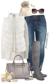 Plus Size Grey Boots Outfit