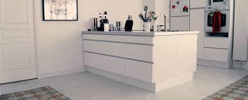 beton ciré cuisine béton ciré enduit déco et peinture pour la cuisine mercadier