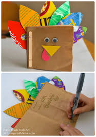 Halloween Books For Kindergarten To Make by Thanksgiving Crafts For Kids A Thankful Turkey Book Animal