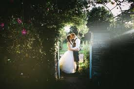 Great Tythe Barn Wedding By Kevin Belson Photography Kevinbelson Tel 07582 139900 Or 01793 513800 Email Infokevinbelson