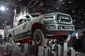 100 Heavy Duty Truck Comparison 2019 Ram 2500 And 3500 Debut At 2019 Detroit Auto Show