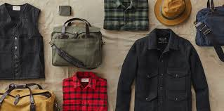 Filson Dog Bed by Filson 2017 Holiday Gift Guide Filson