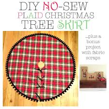 DIY NO SEW PLAID CHRISTMAS TREE SKIRT