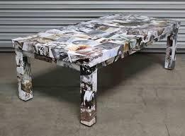 customiser le papier ikea customiser une table basse basique ikea en collant des photos ou