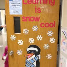 Kindergarten Winter Door Decorations by 37 Best Winter Door Decorations Images On Pinterest Winter