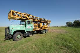 File:Well Drilling Truck Preparing To Set Up For Drilling Livestock ... Drilling Contractors Soldotha Ak Smith Well Inc 169467_106309825592_39052793260154_o Simco Water Equipment Stock Photos Truck Mounted Rig In India Buy Used Capital New Hampshires Treatment Professionals Arcadia Barter Store Category Repairing Svce Filewell Drilling Truck Preparing To Set Up For Livestock Well Repairs Greater Minneapolis Area Bohn Faqs About Wells Partridge Cheap Diy Find Dak Service Pump