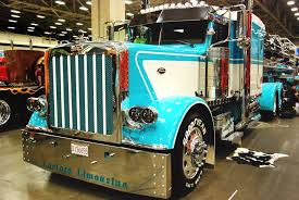 Jerry Mies' 2013 Peterbilt 389 Won Best Of Show Working Combo At The ...