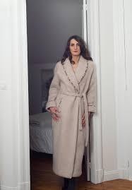 robe de chambre en robe de chambre en des pyrénées le véritable tissu des