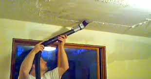 this man shares a brilliant tip that will remove popcorn ceilings
