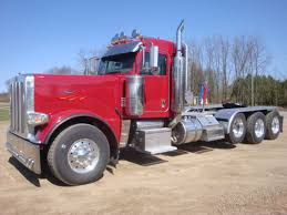 USED 2011 PETERBILT 389 FOR SALE #2023
