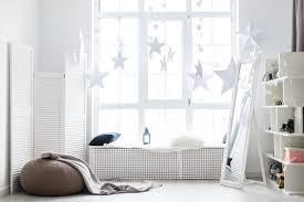 fensterbank idee weihnachtsdeko winterdeko mit sternen