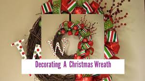 Harrows Artificial Christmas Trees by Decorating A Christmas Wreath Youtube