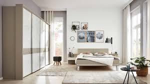 interliving schlafzimmer serie 1009 komplettzimmer weiß kieselgrau metallfüße siebenteilig vier türen
