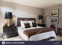 malm truhe ikea in schlafzimmer mit paar vergoldete