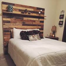Magnificent Reclaimed Wood Headboard King Size DIY Pallet With Display Shelf 101 Pallets