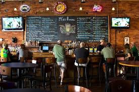 El Patio Eau Claire Hours by Bars Breweries U0026 Nightlife Visit Eau Claire Wi