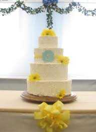 For A Simple Country Themed Wedding In Yellow And Blue Had To Change The Whole Cake Silhouette At Last Minute Due Florist Somehow Totally