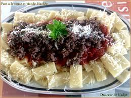 pâte à la sauce tomate et viande hachée http www