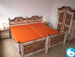 schlafzimmer nr 010 voglauer altweiß massiv handbemalt