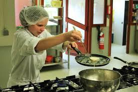 aide de cuisine en collectivité centre scolaire joseph dolhain commis de cuisine de collectivité
