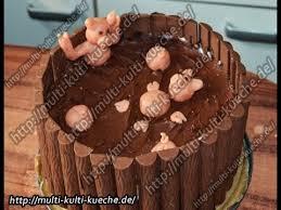 schweinchen im duplo matschkübel torte