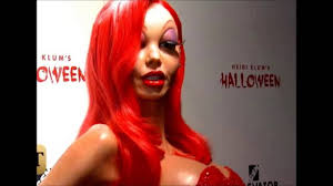 Heidi Klum Halloween Clones by The Queen Of Halloween Heidi Klum U0027s Transformation Into Jessica