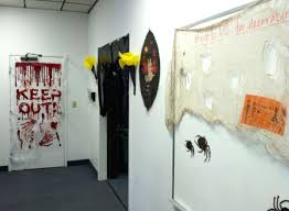 Pictures Of Halloween Door Decorating Contest Ideas by 100 Decorations For Halloween Ideas Easy How To Use Dry Ice