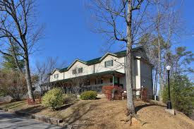 4 Bedroom Cabins In Pigeon Forge by 10 Bedroom Bedrooms Smoky Mountain Cabin Rentals