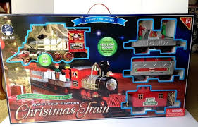 Blue Hat Toy Company North Pole Junction Christmas Tree Train Set