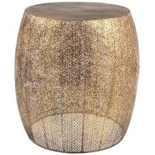 beistelltisch aus mattes gold perforiertem metall maisons du monde