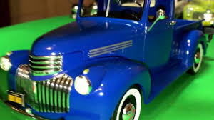 100 41 Chevy Truck Plastic Model Kit Review 19 Chevrolet Pickup By Revell In 125