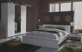 modele de deco chambre l gante de tapis design salon combine modele decoration chambre