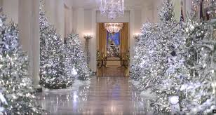 This Year The White House Is Filled With 71 Wreaths 53 Christmas Trees More Than 12000 Ornaments And 18000 Feet Of Lights