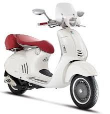 There Is A Brand New Vespa In Town Folks All 946 Ricardo Italiano Had Its US Debut Last Week At Bulgaris 5th Avenue Flagship Store