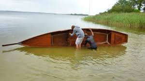 Wooden Boat Design Free by How To Setup A Wooden Boat Buoyancy Test Diy Small Wooden Boat