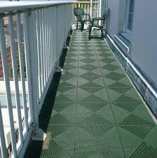 Grey Couch Decor Ideas Outdoor Balcony Flooring Page House