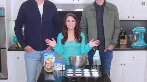 Nerdy Nummies Halloween Challenges by Good Mythical Morning U0027s Rhett And Link On Rosanna Pansino U0027s Nerdy