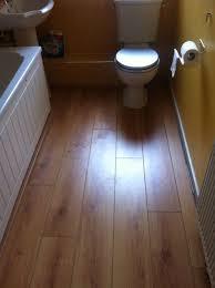 Laminate Flooring Bubbles Due To Water by 20 Ideas Making Bathroom Laminate Flooring Diy Fomfest Com