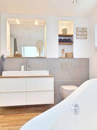 kleines badezimmer natuerlich modern holz grau naturstein