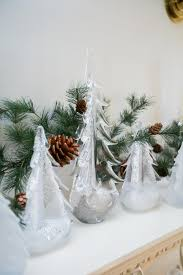 Simon Pearce Christmas Trees by Decorate Your Dining Room For Christmas U2013 Fashionable Hostess