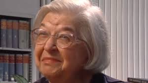Stephanie Kwolek Was Looking For A Way To Improve Tires She Invented Life Saving Material