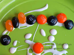 Razor Blade Found In Halloween Candy 2013 by Play Fun With Candy Making Candy Patterns The Outlaw Mom Blog
