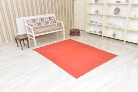 türkischer minimalistischer roter vintage teppich aus wolle 1980er