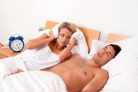 schnarchen als trennungsgrund gesunder schlafgesunder schlaf