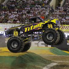 100 Monster Truck Show Miami S Monthly Titanmonstertruck Making A Qualifying Pass At The