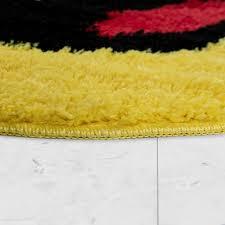 badematte kurzflor teppich für badezimmer mit lachendem smiley in gelb grösse 60x60 cm