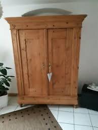 details zu original zweitüriger biedermeier schrank massiv holz dielenschrank wohnzimmer