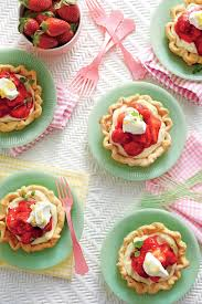 Mile High Mini Strawberry Pies