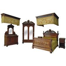 Waterfall Vanity Dresser Set by Antique And Vintage Bedroom Sets 270 For Sale At 1stdibs